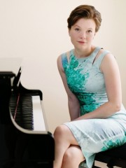 Clare Hammond – Piano recital